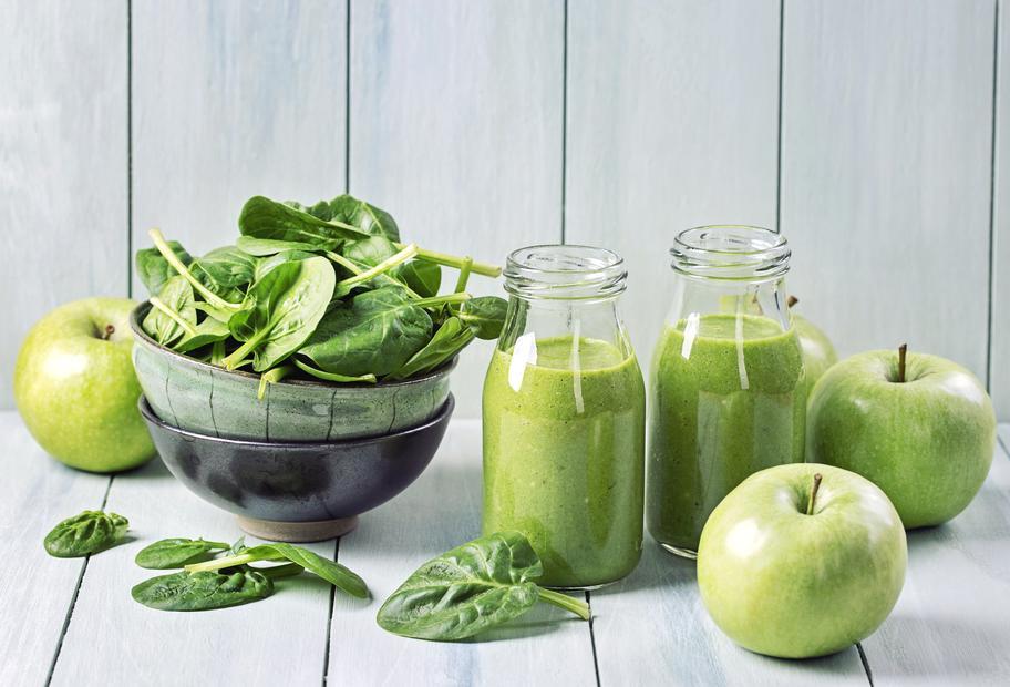 Spinat-Smoothie mit Apfel