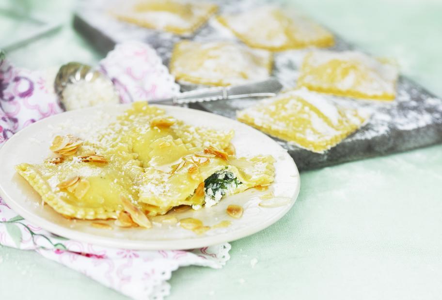 Ravioli mit Ricotta-Bärlauch-Füllung