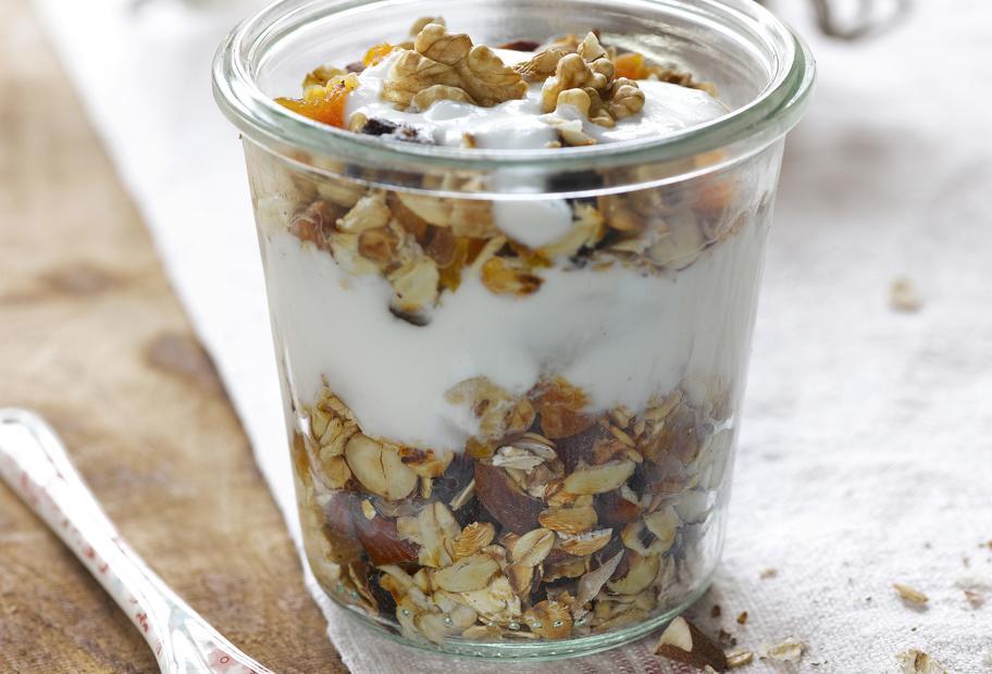 Energiemüsli mit Joghurt