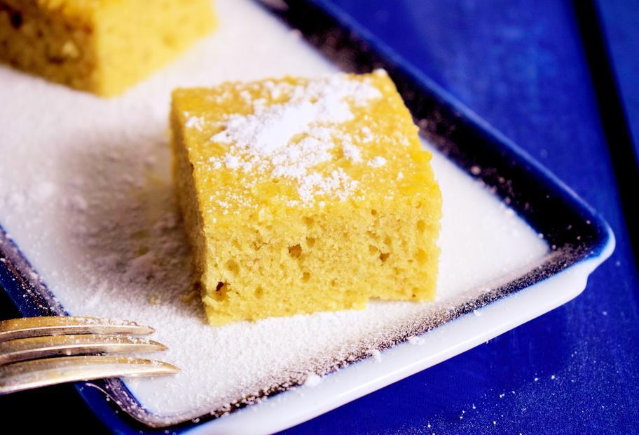 Ravani – griechischer Grießkuchen