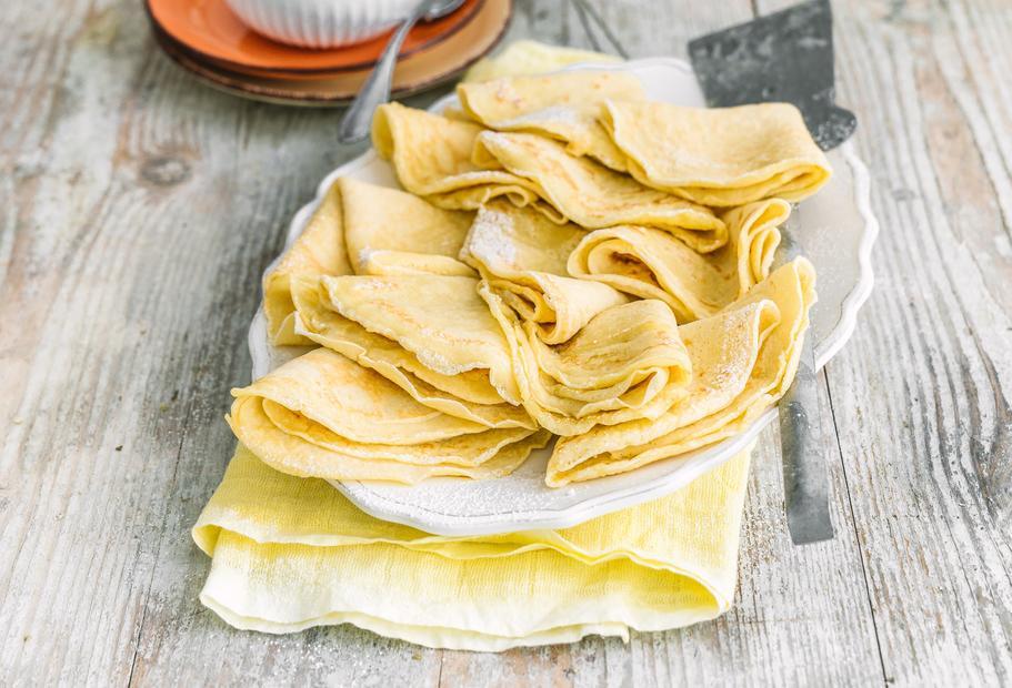 Köstlicher Klassiker: Pfannkuchen mit Apfelmus