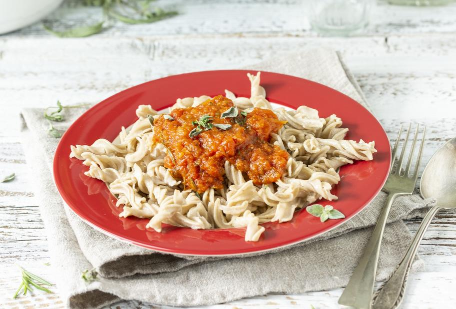 Spirelli mit würziger Tomatensoße