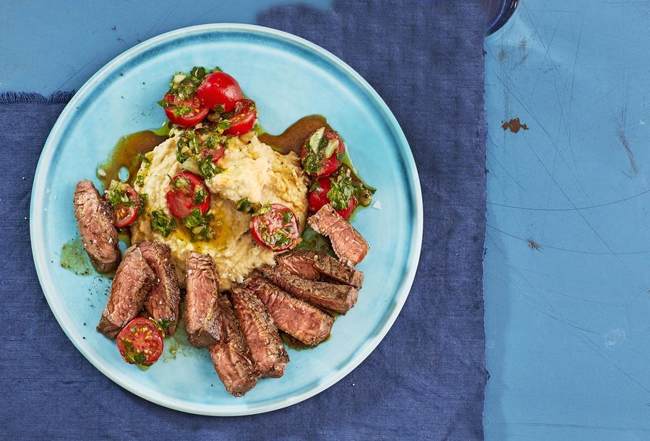 Steak mit Bohnenpüree