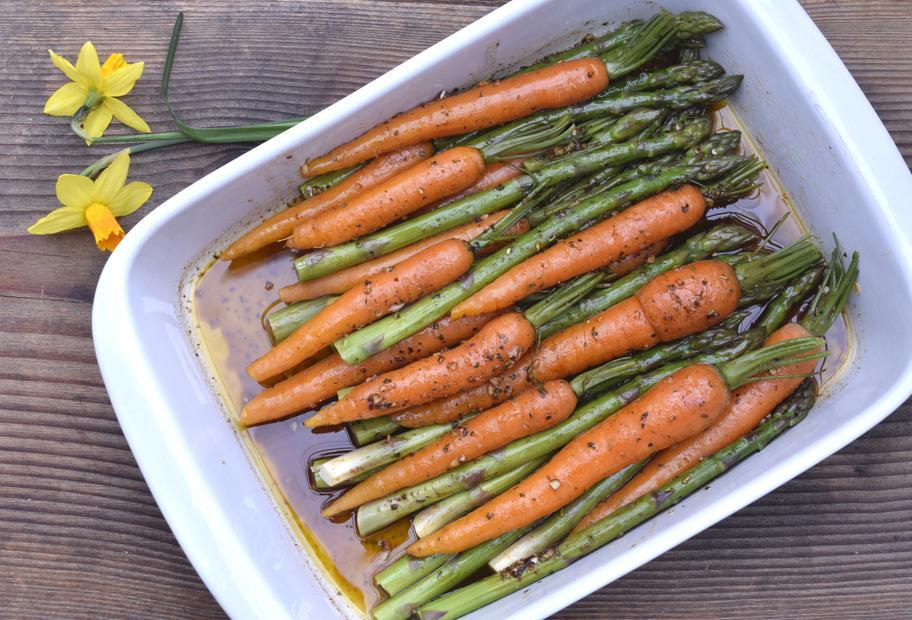 Karotten- und Spargel-Antipasti aus dem Varoma®