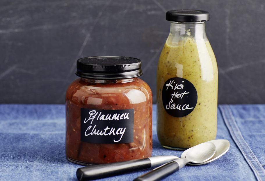 Kiwi-Jalapeno-Hot-Sauce