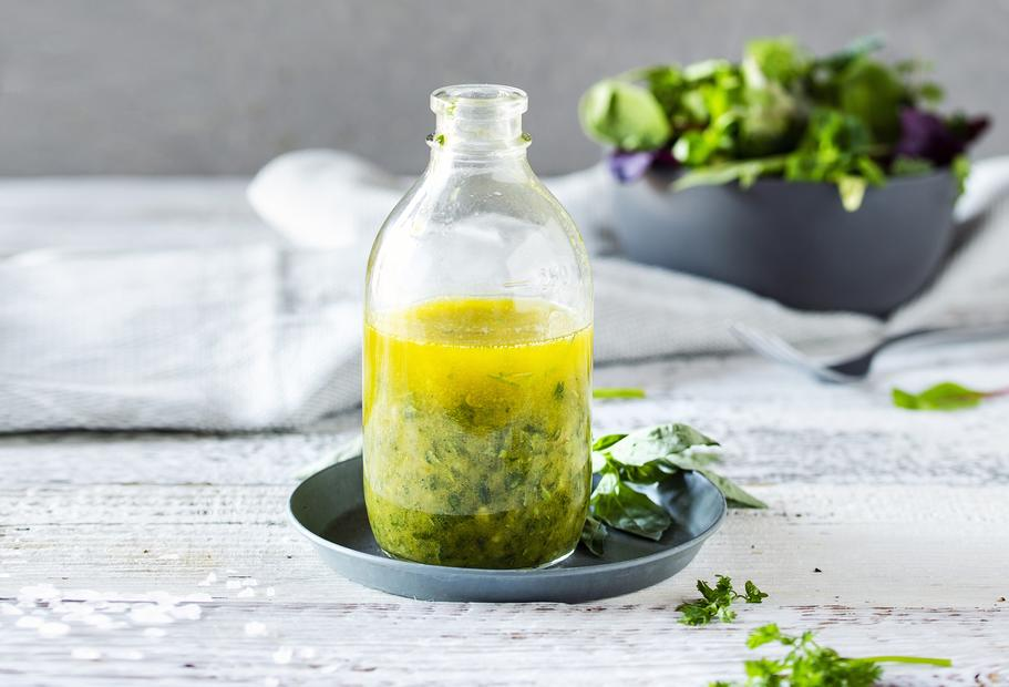Kräuter-Salatdressing