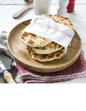 Super-Softes Naan-Brot aus Joghurt-Hefeteig