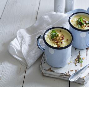 Blumenkohlsuppe mit Röstzwiebeln