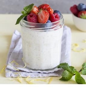 Milchreis mit Skyr und Beeren