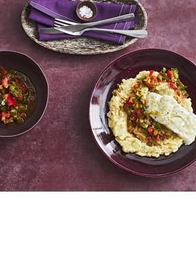 Kabeljau mit Sellerie-Kartoffel-Stampf und Paprika-Salsa