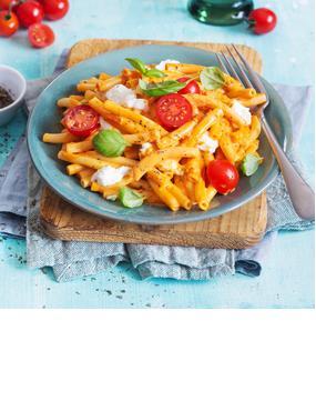 """Makkaroni """"Tomate-Mozzarella"""""""