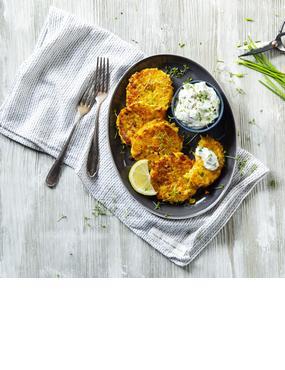 Gemüse-Kartoffel-Puffer mit Kräuterdip